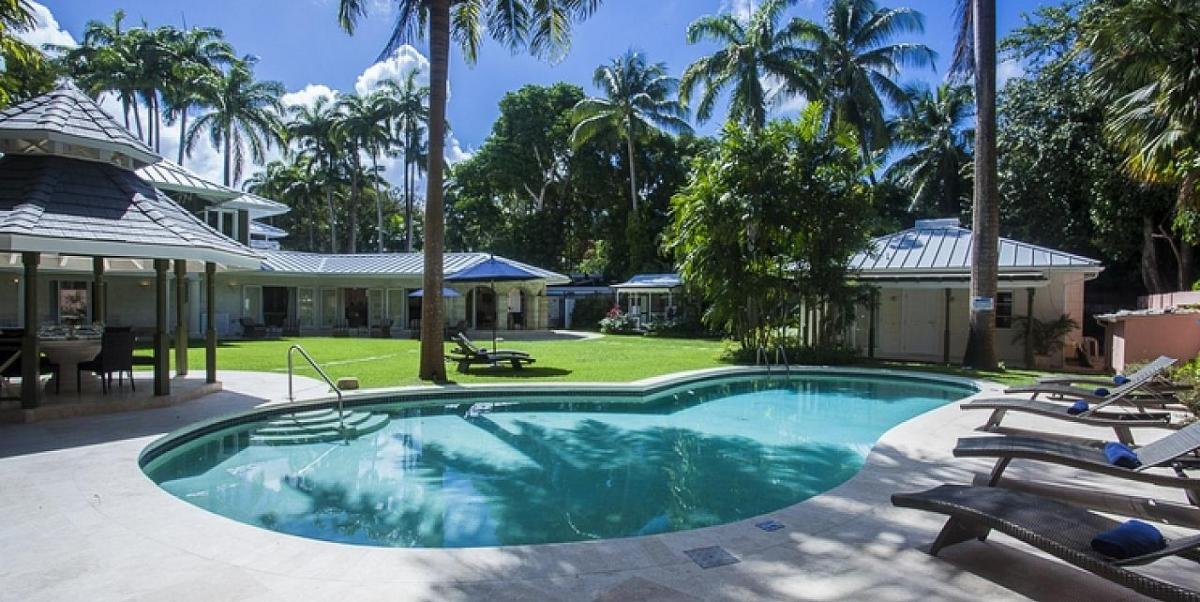 Villas to rent with staff in Barbados