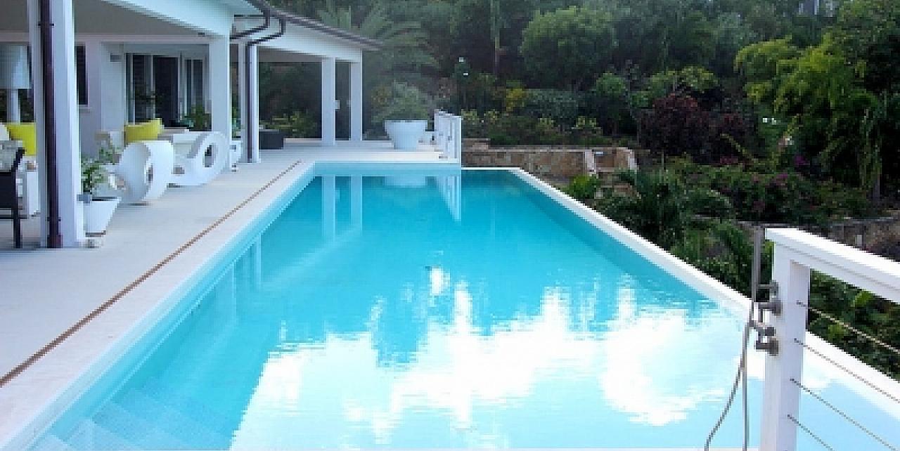 Villa Champagne - Pool View 1