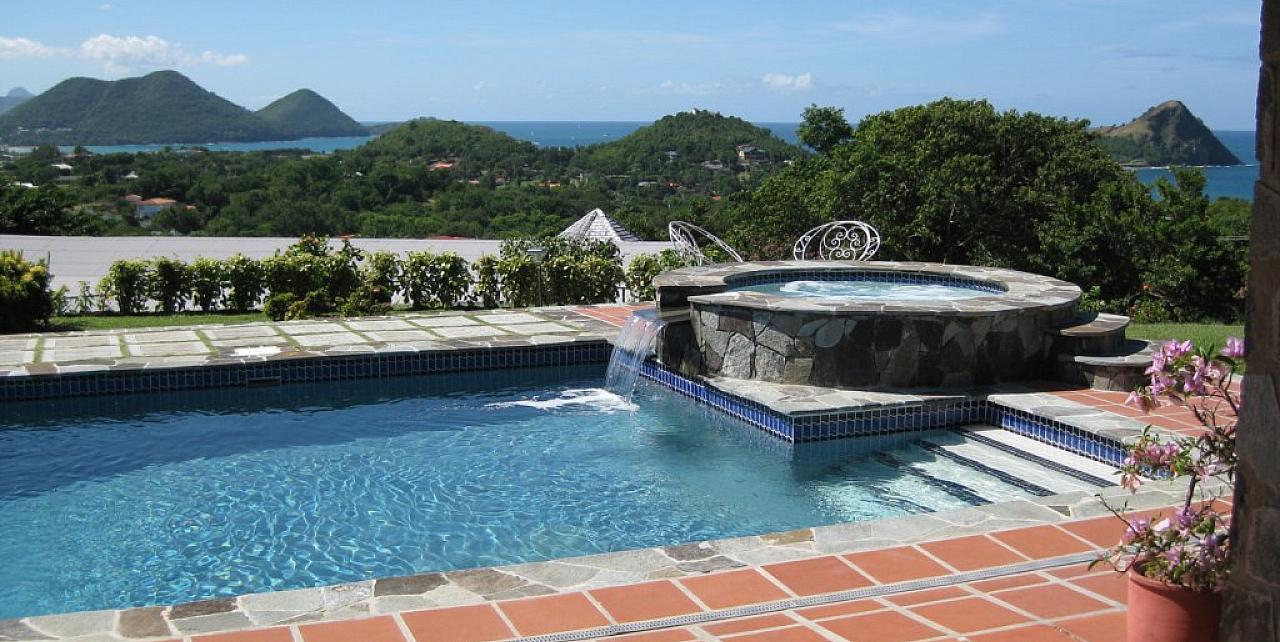 St Lucia, 3 Bedroom Calypso Court Villa