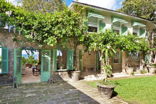 Fustic House Private Estate