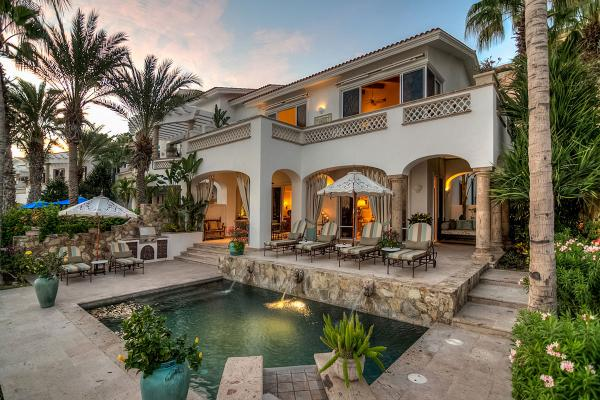 Beachfront Villa 431