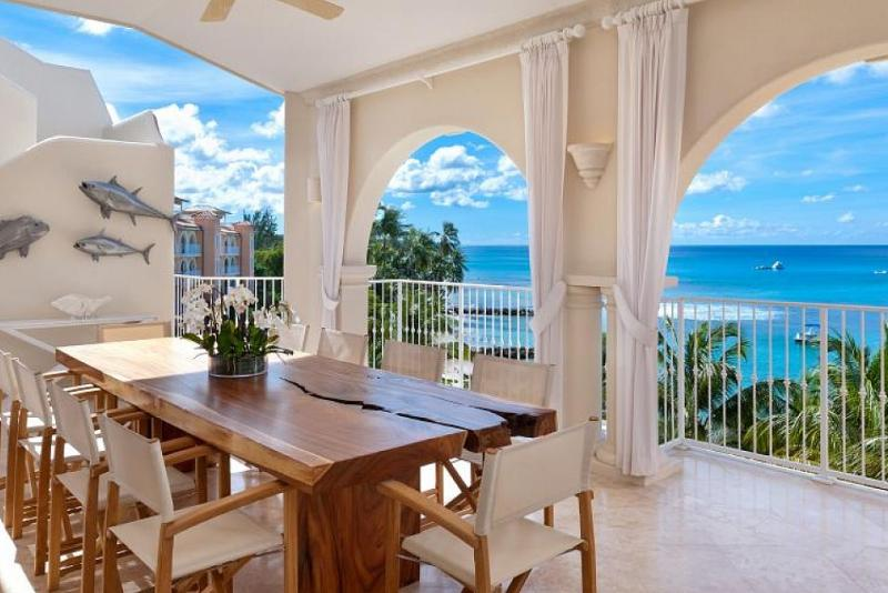 St Peter's Bay Penthouse 511 - Beachfront